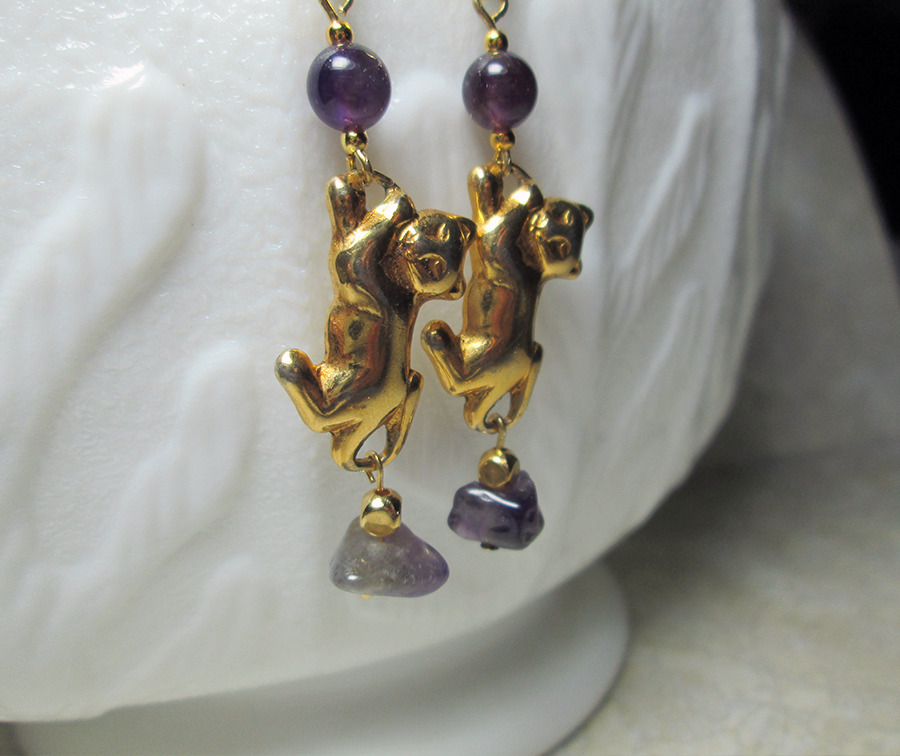 amethyst godl cat earring
